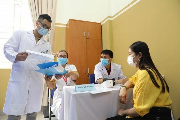 Việt Nam tiêm thử nghiệm lâm sàng loại vaccine COVID-19 thứ hai