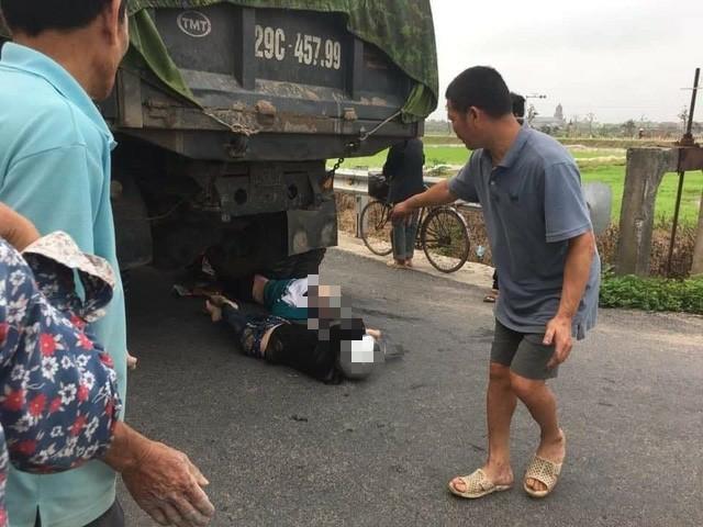 Nam Định: Cô giáo và học sinh thương vong sau TNGT đi đúng phần đường quy định