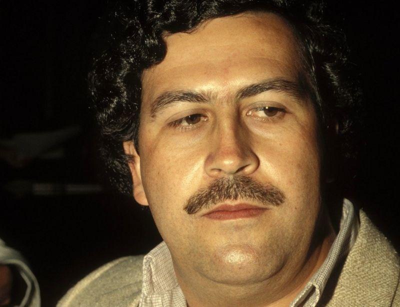 Hé lộ của sát thủ do băng đảng Cali thuê để giết trùm ma túy Escobar