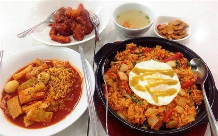 8 thói quen ăn tối ảnh hưởng đến sức khỏe gia đình bạn