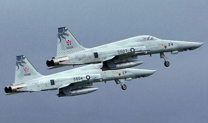 Hai tiêm kích F-5E Đài Loan đâm nhau, một phi công thiệt mạng