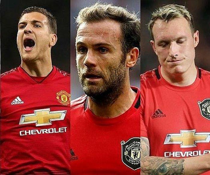Lộ diện 3 cái tên sẽ phải rời Man United trong mùa Hè 2021