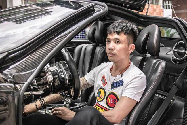 Không hổ danh là con gái tay chơi siêu xe khét tiếng nhất nhì Sài thành, thứ nữ nhà Minh Nhựa học trường đẳng cấp từ chất lượng tới học phí