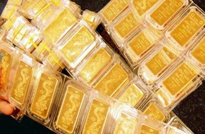 Giá vàng trong nước và thế giới thu hẹp khoảng cách, chênh lệch còn 6,7 triệu đồng/lượng