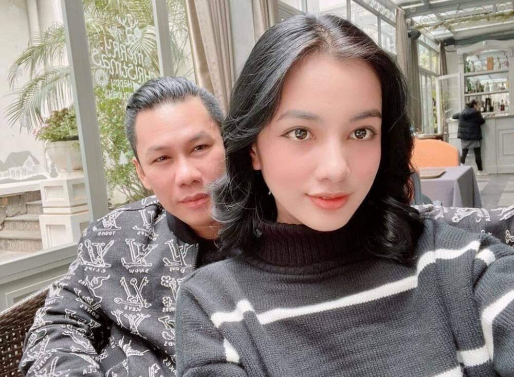 Tình trẻ của chồng cũ Lệ Quyên đẹp mong manh sau khi bị chê nhạt về ý định thi Miss Universe Vietnam