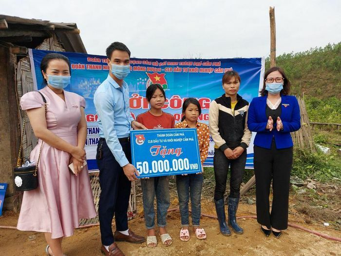 """Khởi công xây dựng """"Ngôi nhà Khăn Quàng đỏ"""" cho học sinh nghèo tại Cẩm Phả"""