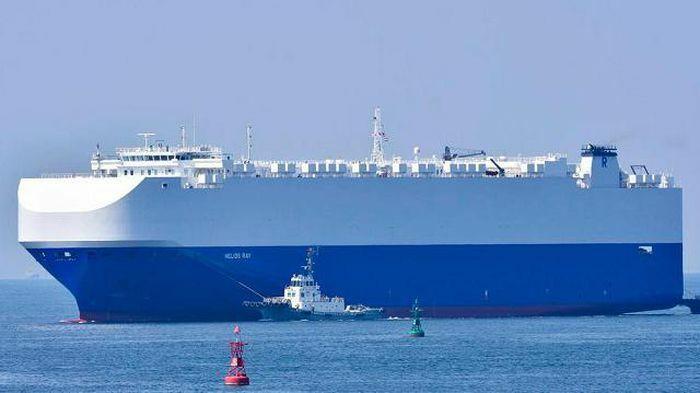 """Israel tố """"biệt kích Iran"""" dùng mìn tấn công tàu trên Vịnh Oman"""