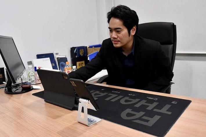 """Tổng thư ký FAT: """"Thái Lan không cần tập trung nhiều như Việt Nam vì có giải VĐQG chất lượng"""""""