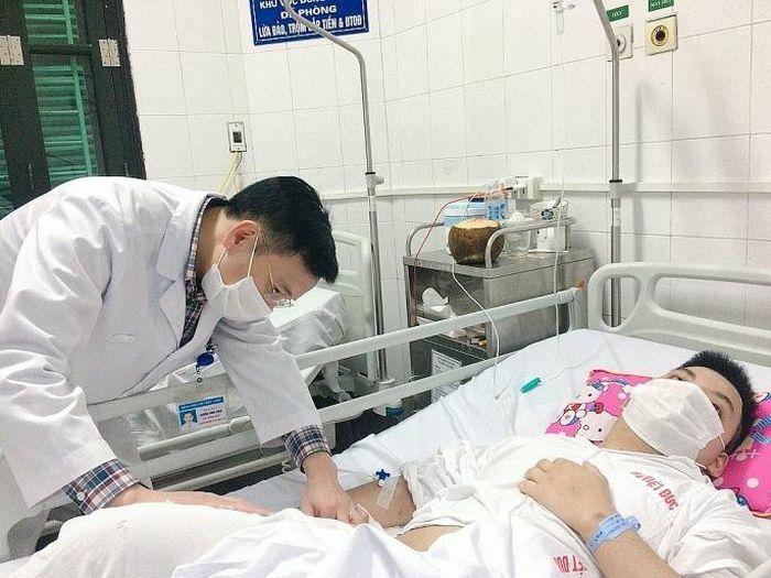 Thanh niên mắc bệnh hoại tử chỏm xương đùi chưa rõ nguyên nhân