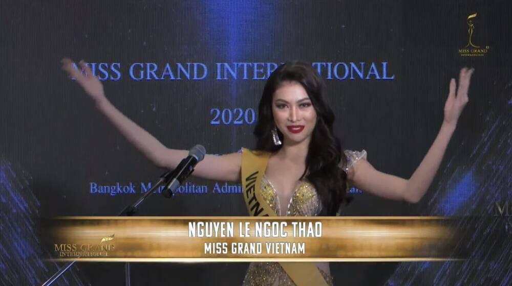"""Ngọc Thảo chọn váy vàng """"phong thủy Miss Grand"""", tự hào hô to 2 tiếng Việt Nam khiến fan phấn khích"""