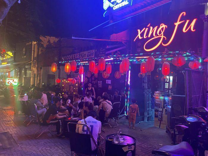 Ba quán nhậu ở TPHCM bị xử phạt vì mở nhạc quá lớn