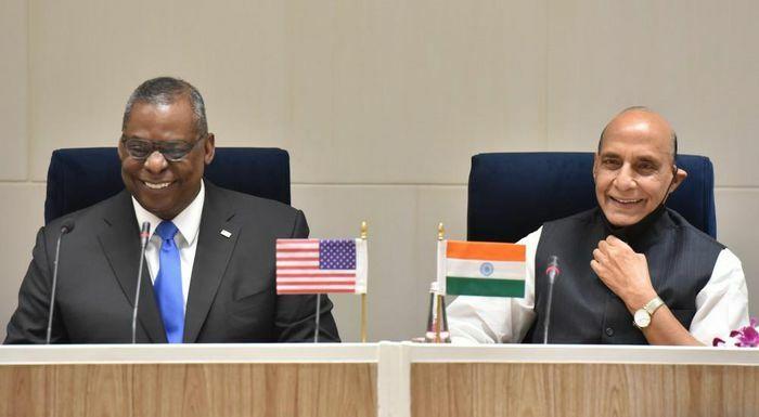 Bộ trưởng Quốc phòng Mỹ thăm Ấn Độ: Xây niềm tin, tăng hợp tác