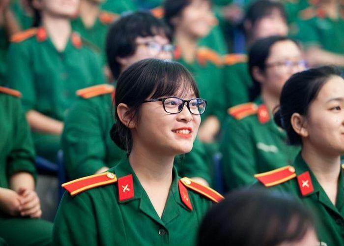 Tuyển sinh 2021: Các trường quân đội tuyển bao nhiêu thí sinh nữ?