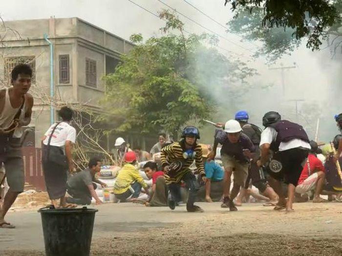 Myanmar: Số người thiệt mạng tăng, bác sĩ xuống đường biểu tình