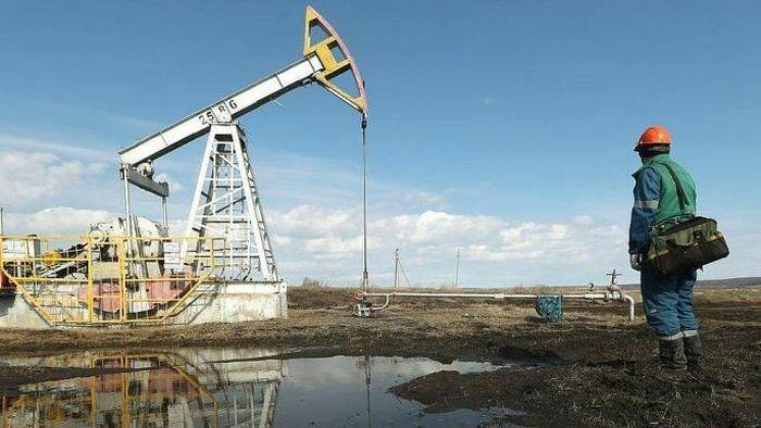 Giá dầu thô tăng mạnh sau thông tin từ Mỹ