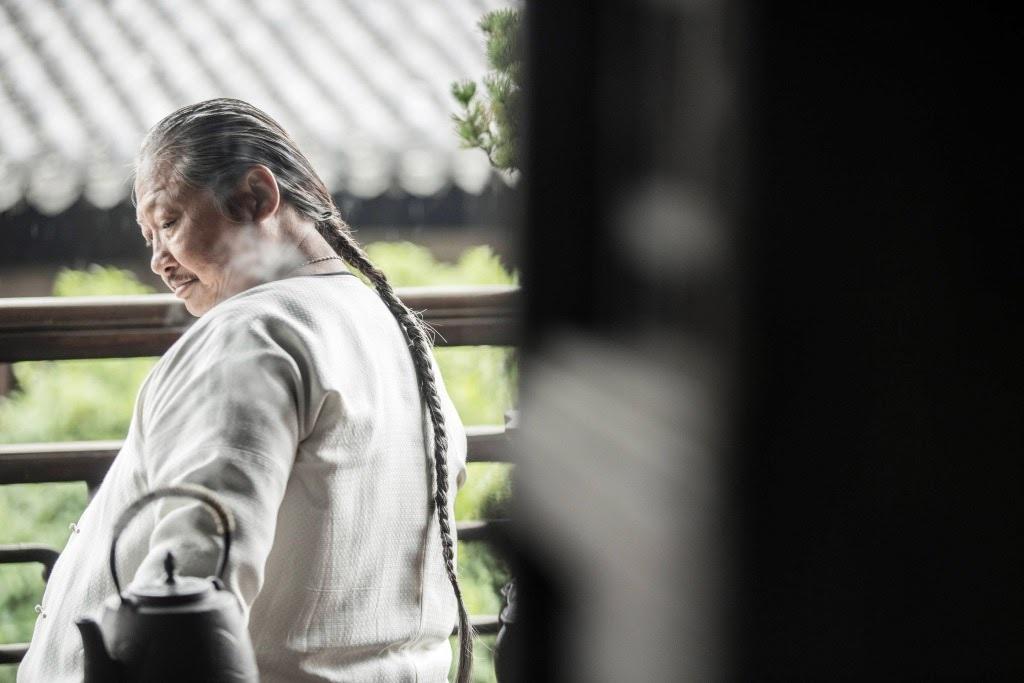 """Hồng Kim Bảo – """"Đại Ca Làng Võ"""" và chiếc xe lăn tuổi xế chiều"""