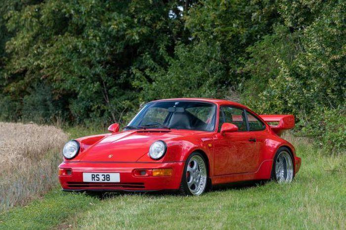 Cận cảnh chiếc Porsche 964 RS 3.8 giá gần 40 tỷ đồng