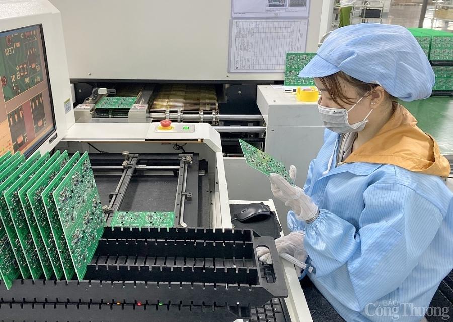 Bình Dương: Sản xuất công nghiệp tiếp tục khởi sắc và tăng trưởng