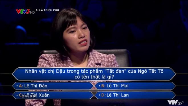 """""""Chị Dậu tên thật là gì?"""" – Câu hỏi trong Ai là triệu phú khiến người chơi và khán giả bối rối"""