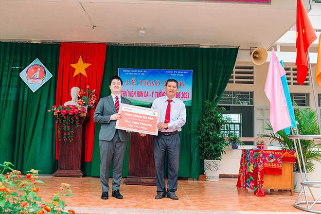 Honda Việt Nam đóng góp cho những hoạt động khuyến học ý nghĩa