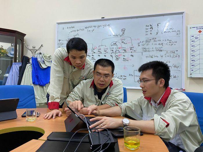 """Bác sĩ trẻ có mặt ở nhiều điểm nóng COVID-19 lọt Top """"Gương mặt trẻ Việt Nam tiêu biểu"""""""