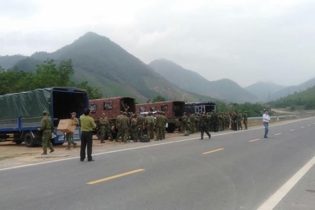 Đà Nẵng: Huy động lực lượng đánh sập 29 hầm vàng trái phép
