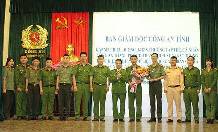Công an Sơn La khen thưởng các tập thể, cá nhân trong công tác cấp CCCD