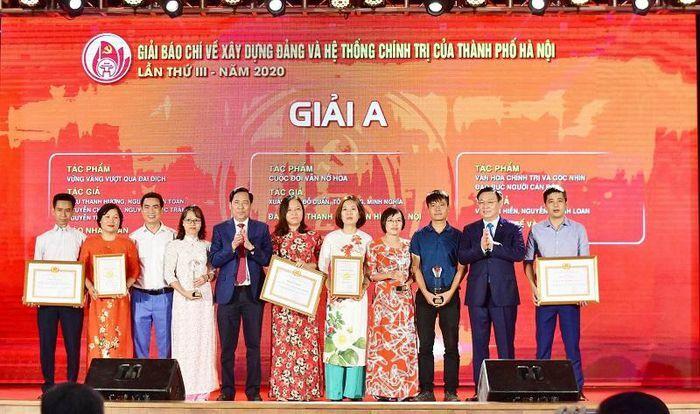 Hà Nội tiếp tục tổ chức hai giải báo chí quan trọng về xây dựng Đảng và Người Hà Nội thanh lịch, văn minh
