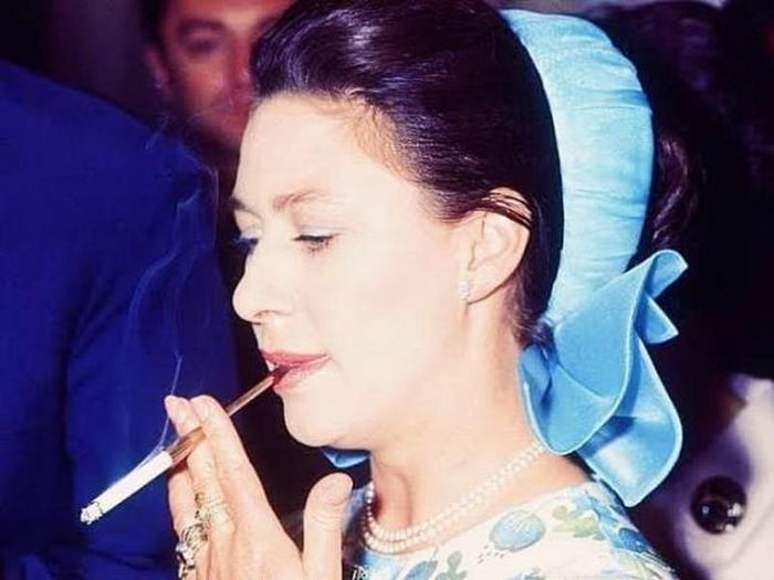 """Công chúa Margaret: Người con """"nổi loạn"""" của Hoàng gia Anh"""
