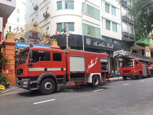 Cháy tại nhà hàng Nhật ở trung tâm TP.HCM, cả khu phố náo loạn