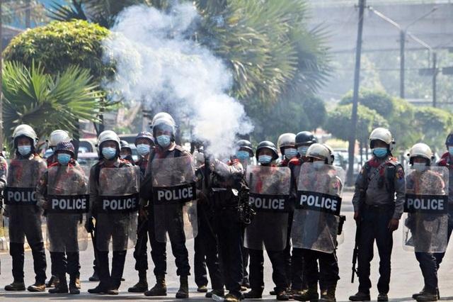 Myanmar yêu cầu Ấn Độ bàn giao cảnh sát vượt biên