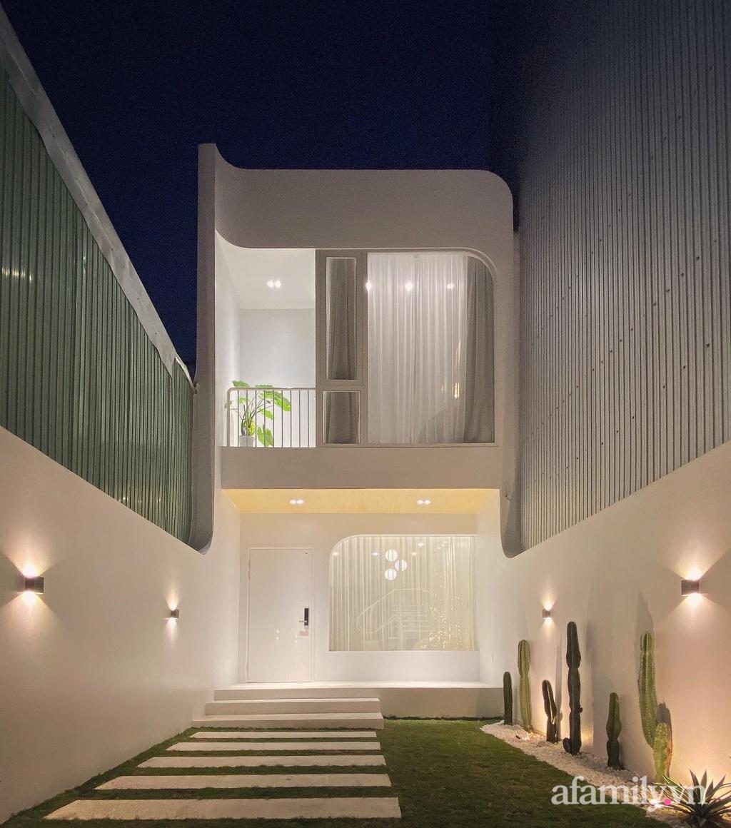 Nhà phố nhỏ xinh đẹp duyên dáng với những đường cong hiện đại có chi phí hoàn thiện 950 triệu đồng ở Đà Nẵng