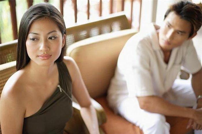 """Đàn bà có giận chồng đến mấy thì cũng đừng """"""""mất trí"""""""" mà làm chuyện dại dột này"""