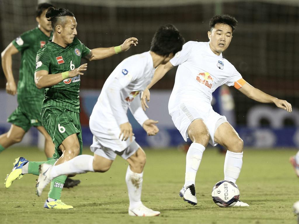 """4 lý do giúp Xuân Trường thành """"ông chủ lớn"""" của bóng đá Việt Nam"""