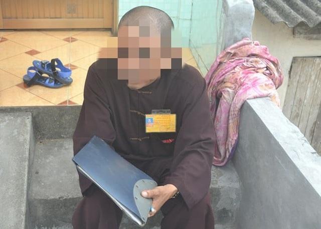 Ninh Bình: Nghi vấn nam thanh niên giả danh sư chùa để lừa đảo