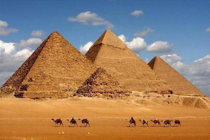 """Giả thuyết mới """"bật mí"""" bí ẩn xây kim tự tháp Ai Cập"""