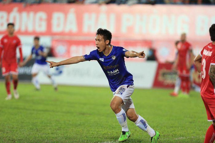 Hà Nội có chiến thắng đầu tiên ở V-League 2021