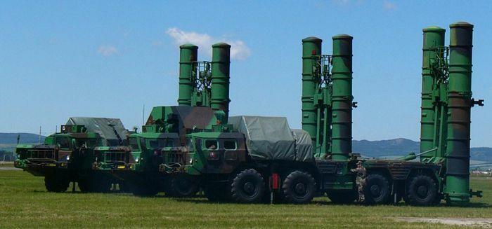 """Ukraine cung cấp hệ tên lửa S-300PT cho Mỹ để """"bắt thóp"""" Nga"""