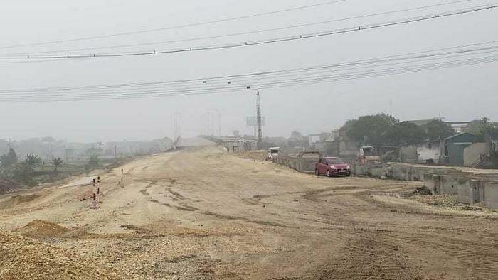 Nỗi lo thiếu vật liệu trên các dự án cao tốc Bắc – Nam