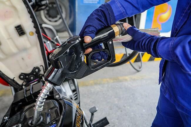 Giá xăng dầu hôm nay 12/3: Tăng mạnh - ảnh 1
