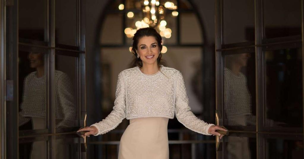 Từ cô gái thường dân đến hoàng hậu Jordan mặc đẹp bậc nhất thế giới