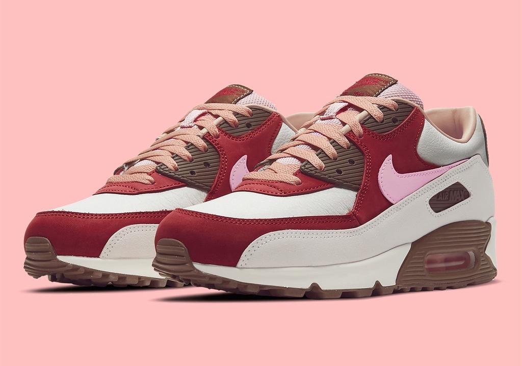 Nike bán lại đôi giày hút chân không như thịt hun khói