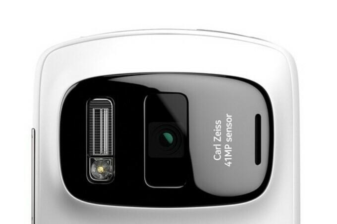 Kích thước cảm biến trên Nokia 808 đã có đối thủ