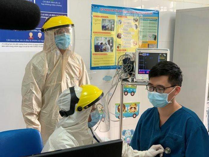 Quảng Ninh: Tiêm vắc xin phòng COVID – 19 đợt I năm 2021