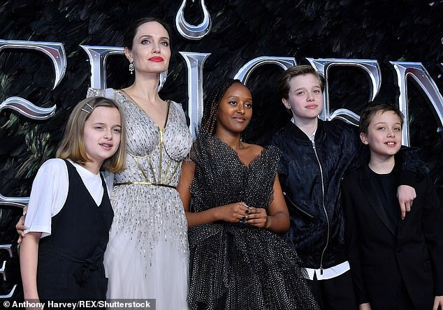 Angelina Jolie sẽ cung cấp bằng chứng Brad Pitt bạo lực gia đình