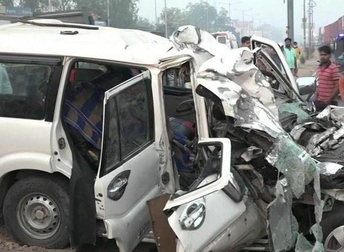 Tai nạn giao thông nghiêm trọng ở Ấn Độ làm ít nhất 9 người thiệt mạng