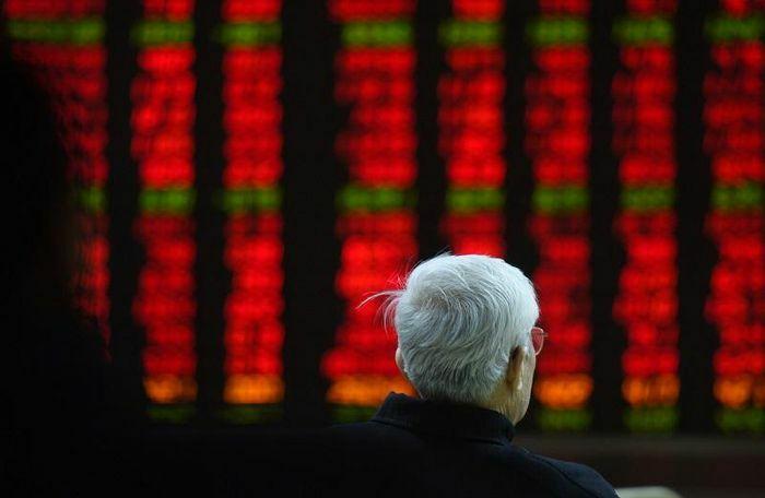 """Chứng khoán Trung Quốc """"đỏ sàn"""" sau cảnh báo nguy cơ vỡ bong bóng"""