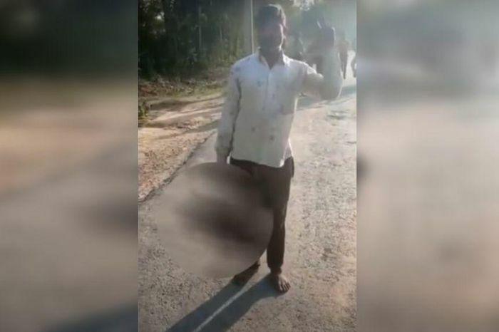 Ấn Độ: Cha chém tử vong con gái đang gần gũi bạn trai, mang đầu đi tự thú