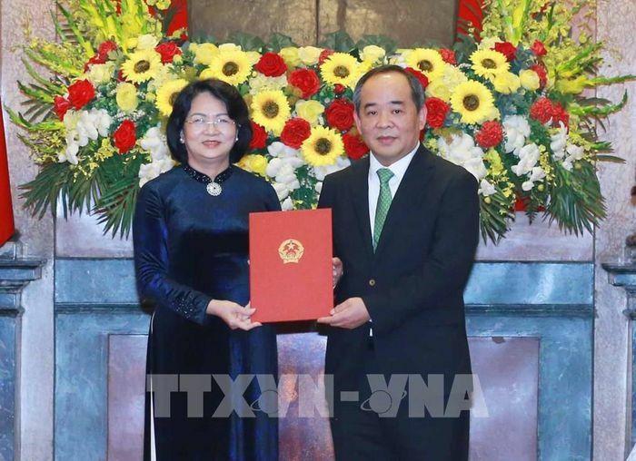 Trao quyết định bổ nhiệm Chủ nhiệm Văn phòng Chủ tịch nước