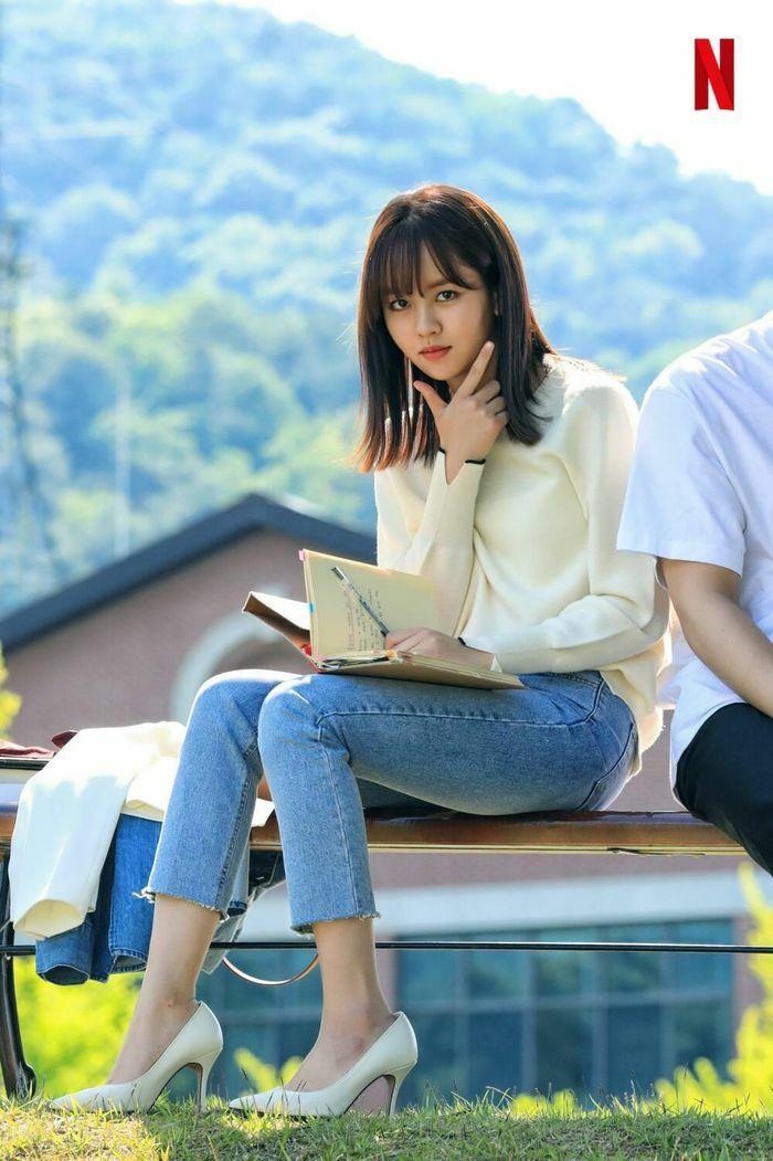 """""""Love Alarm 2"""": Sau tất cả Kim So Hyun chỉ là nữ phụ trong chuyện tình của Song Kang và Jung Ga Ram"""